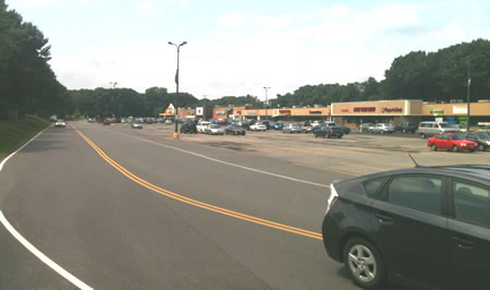 Retail leasing wade lupe companies new york 39 s capital for Plaza motors albany ny